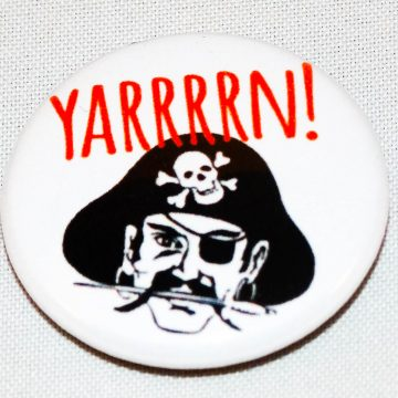 Button yarrrrn